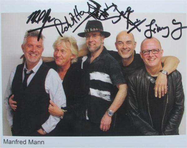 Manfredd Mann's Earthband Signed Photo