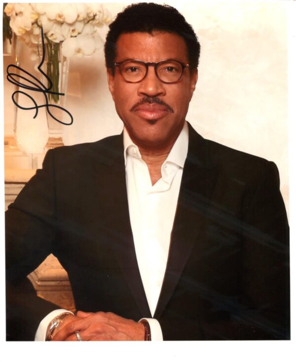 Lionel Ritchie Signed Photo
